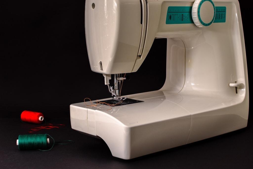 nähen mit einer handnähmaschine